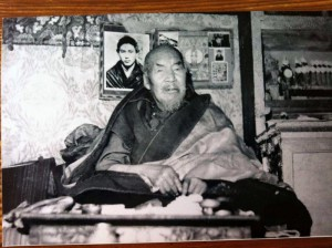 Vajra Dhara Pachung Rinpoche who is refounder Drikung after Chinese Culture revolution
